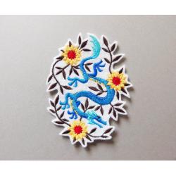 Ecusson broderie dragon bleu et fleurs jaunes