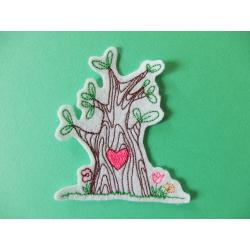 Patch thermocollant arbre et coeur