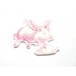 Ecusson cochon volant