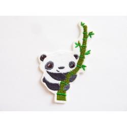 Appliqué, patch panda sur un bambou
