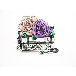 Patch thermocollant victorien roses, livres et clé