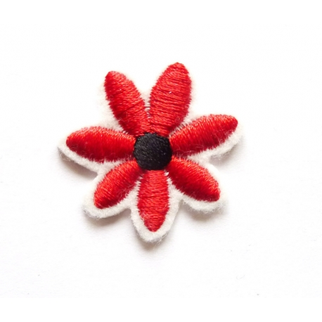 Broderie machine petite fleur rouge et noire