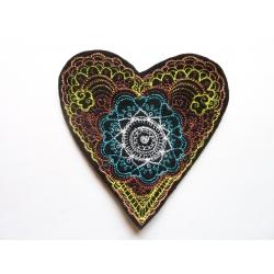 Coeur multicolore thermocollant