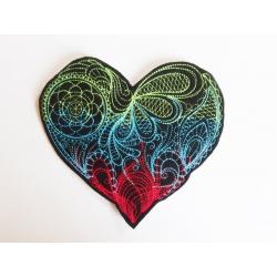Appliqué coeur fond noir