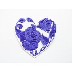 Appliqué thermocollant coeur formé de roses