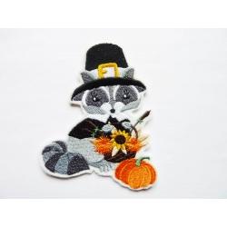 Ecusson raton laveur et sa citrouille (Halloween)