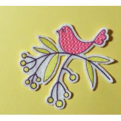 Broderie thermocollante oiseau sur une branche (rose)