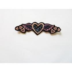 Appliqué, patch coeur avec des ailes